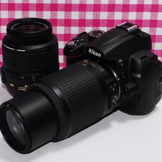 ニコン(Nikon)の⭐️遠くの撮影もバッチリ⭐️Nikon D5000 大迫力のダブルズーム(デジタル一眼)