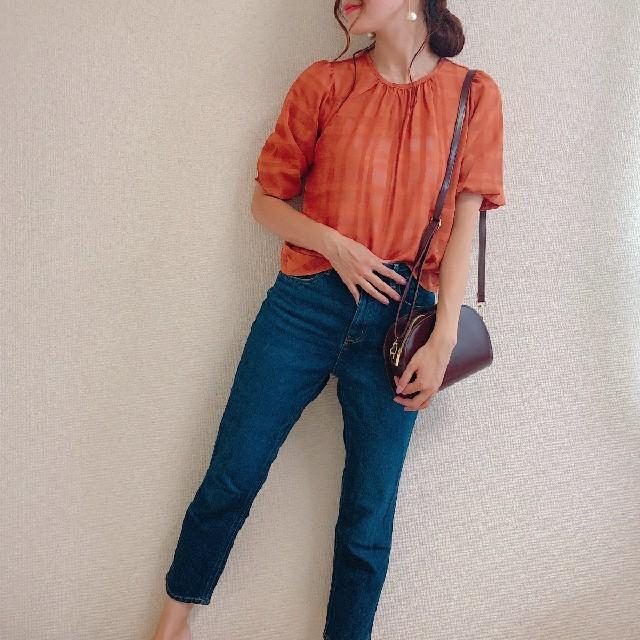 GU(ジーユー)のGU シアーチェックブラウス オレンジ レディースのトップス(シャツ/ブラウス(半袖/袖なし))の商品写真