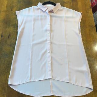 ジーユー(GU)のGU ノースリーブシャツ Sサイズ スモーキーピンク(シャツ/ブラウス(半袖/袖なし))