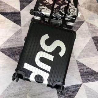 シュプリーム(Supreme)のSupreme・RIMOWA・リモワ・スーツケース・45L・82L  (スーツケース/キャリーバッグ)