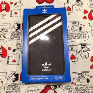 アディダス(adidas)の早い者勝ちです!iPhoneXR アディダス 手帳型ケース(iPhoneケース)