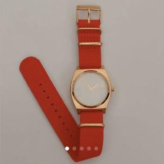 ニクソン(NIXON)の【美品】NIXON 時計(腕時計)