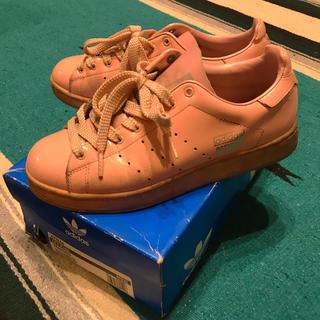 アディダス(adidas)のadidas official ピンク 24.5 箱付き(スニーカー)