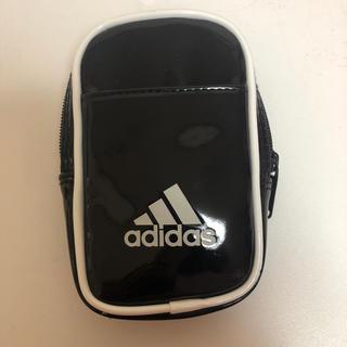 アディダス(adidas)のアディダスポーチ(ボディバッグ/ウエストポーチ)