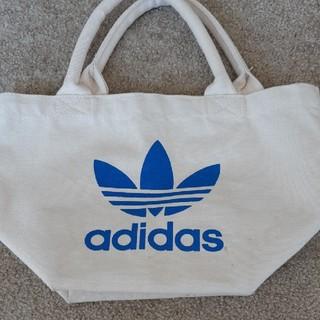 アディダス(adidas)のアディダスノベリティーバッグ(トートバッグ)