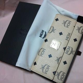 エムシーエム(MCM)の新品未使用★MCM長財布♥ベージュ(財布)