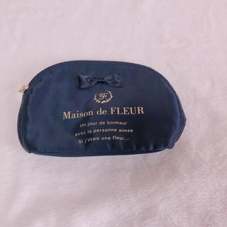 b756f0f15916 Maison de FLEUR - Maison de FLEUR☆ラメリボンレースティッシュケース ...