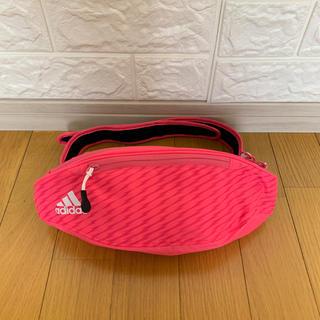 アディダス(adidas)のアディダスウエストポーチ(ボディバッグ/ウエストポーチ)