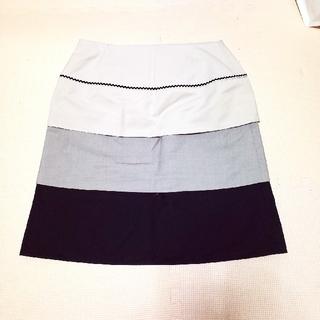 フェイバリット(Favorite)のスカート(ひざ丈スカート)