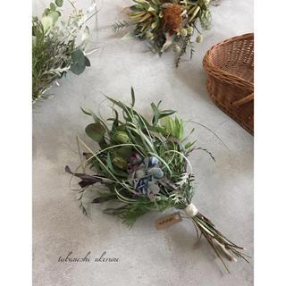 ニゲラと青色の秋色紫陽花をふんわり束ねたアンティーク スワッグ ドライフラワー(ドライフラワー)