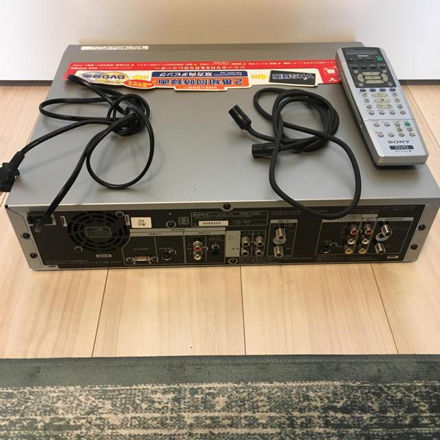 SONY(ソニー)のSONY RDR-VD60 VHSビデオ一体型DVDレコーダー スマホ/家電/カメラのテレビ/映像機器(DVDレコーダー)の商品写真