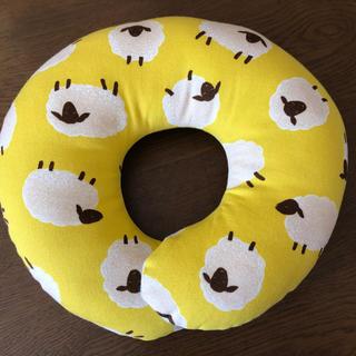 エスメラルダ ベビー枕 羊柄 ドーナツ枕