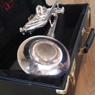 トランペットBach Stradivarius model37シルバー仕上げ(トランペット)