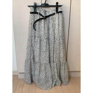 しまむら - 新品 タグ付きしまむら ベルト付き 小花柄 ティアードスカート