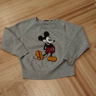 ユニクロ(UNIQLO)のミッキーの薄手セーター(ニット)