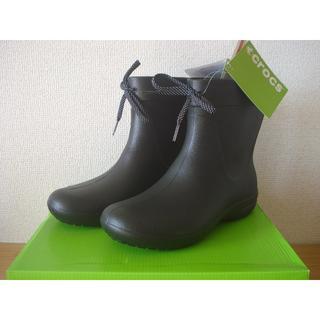 クロックス(crocs)のCROCS クロックス ショートレインブーツ 23cm■ブラック 黒 W7 軽量(レインブーツ/長靴)