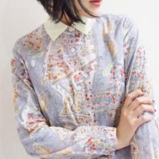 カルヴェン(CARVEN)のCARVEN carven カルヴェン パリマッププリントシャツ(シャツ/ブラウス(長袖/七分))