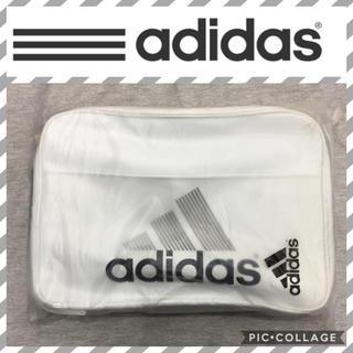 アディダス(adidas)のホワイト27L  adidasエナメルバッグ(ショルダーバッグ)