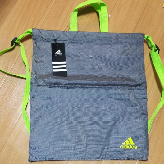 adidas(アディダス)の新品 アディダスナップサック ジムサック スポーツ/アウトドアのトレーニング/エクササイズ(その他)の商品写真