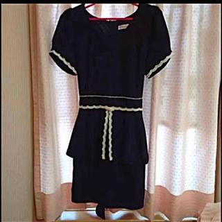 シークレットマジック(Secret Magic)のペプラムワンピース ドレス 新品(ミニドレス)