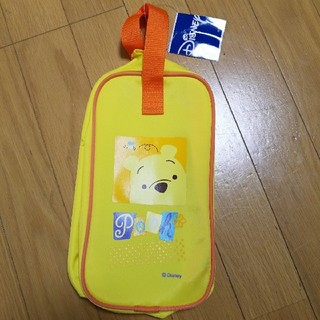 ディズニー(Disney)の新品未使用 上靴袋 上靴入れ ディズニー くまのプーさん 黄色(シューズバッグ)
