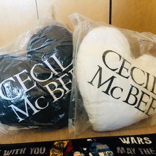 セシルマクビー(CECIL McBEE)のCECIL Mc BEE レアハートクッション(クッション)