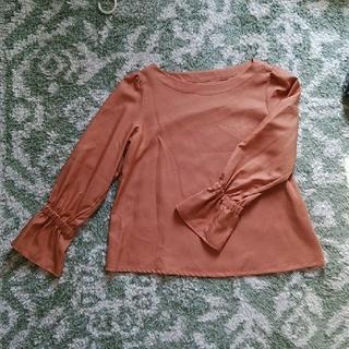 クチュールブローチ(Couture Brooch)のワールド製 オレンジ サーモンピンク 長袖 カットソー ブラウス 11号(シャツ/ブラウス(長袖/七分))