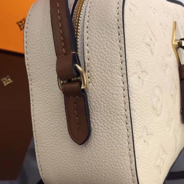brand new 0e4c9 a932b ルイヴィトン ホワイト 白 ショルダーバッグ 人気