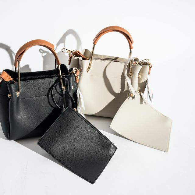 しまむら(シマムラ)のしまむら 大人気 ゴールド金具バック♡ レディースのバッグ(ハンドバッグ)の商品写真