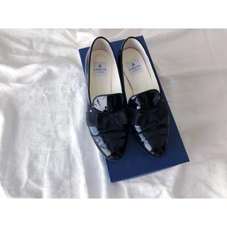 ランバンオンブルー(LANVIN en Bleu)のLANVIN リボン オペラシューズ(ローファー/革靴)