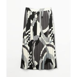 1977f53b215d6 トゥモローランド(TOMORROWLAND)のBallsey オプティカルドットプリント ミディプリーツスカート(ひざ丈スカート