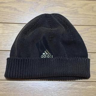 アディダス(adidas)のニット帽(ニット帽/ビーニー)