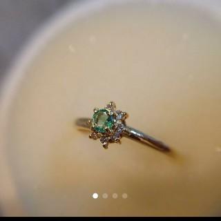 【美品】K18金ダイヤモンド8粒リング★グリーンアパタイト?【刻印あり】(リング(指輪))