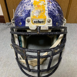 アメフト ヘルメット シャット schutt サイズM(アメリカンフットボール)