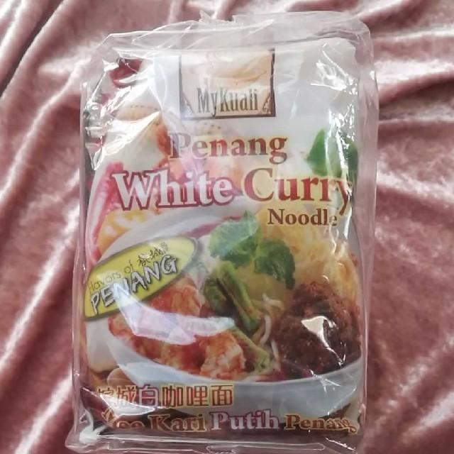 4つ ペナン ホワイトカレーヌードル  食品/飲料/酒の加工食品(インスタント食品)の商品写真