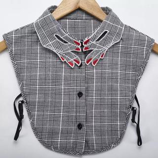新品✴︎刺繍デザイン付け襟✴︎チェック柄 フラワー ネイル(つけ襟)