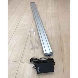 アクアデザインアマノ(Aqua Design Amano)のコトブキ KOTOBUKI フラット LED 900 シルバー(アクアリウム)