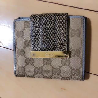 75f03d67b9d4 グッチ(Gucci)のGUCCI 折りたたみ財布 パイソン(財布)