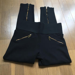 ザラ(ZARA)のザラベーシック  裾ジップレギンスパンツ (レギンス/スパッツ)