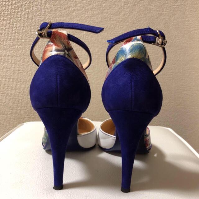 DIANA(ダイアナ)の⚠️【掲載終了前・値下げ】DIANA*ブルーヌバック/ストラップ花柄パンプス レディースの靴/シューズ(ハイヒール/パンプス)の商品写真