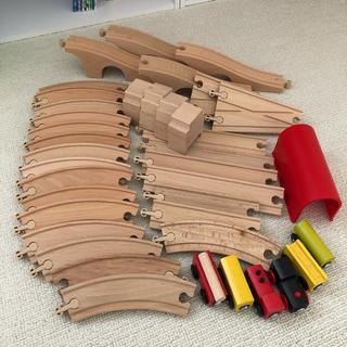 イケア(IKEA)の木製 レール 電車 39点 セット(電車のおもちゃ/車)