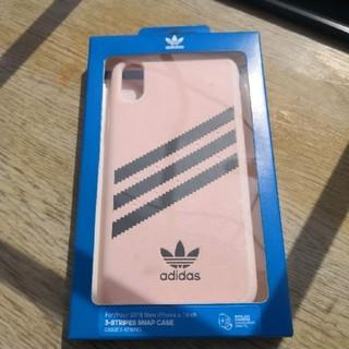 アディダス(adidas)のiPhoneXR ケース adidas アディダス(iPhoneケース)