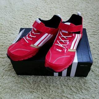 アディダス(adidas)のadidas  スポーツシューズ(その他)