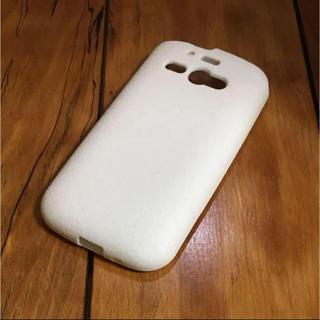 アンドロイド(ANDROID)のAQUOS PHONE シリコンケース ホワイト(Androidケース)