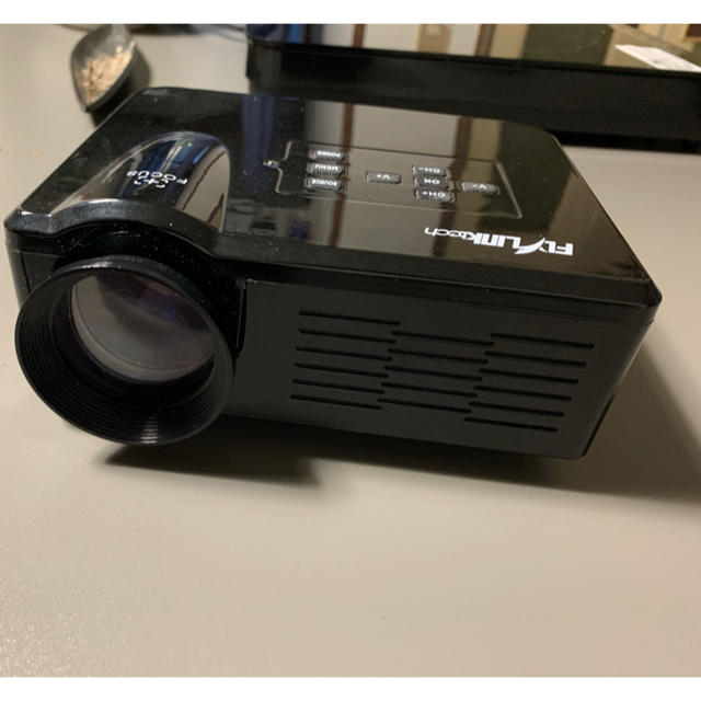 Mini LED Projector スマホ/家電/カメラのテレビ/映像機器(プロジェクター)の商品写真