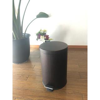 イケア(IKEA)のゴミ箱 トラッシュボックス ウォールナットカラー ブラウン ごみ箱(ごみ箱)
