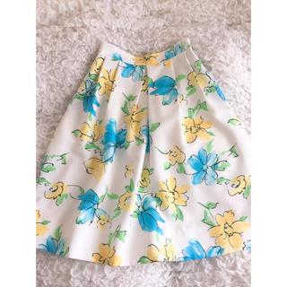 アンドクチュール(And Couture)のアンドクチュール♡花柄スカート(ひざ丈スカート)