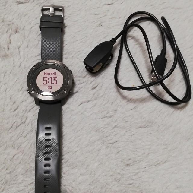 SUUNTO(スント)の定価:\62,640(税込) スント トラバース グラファイト GPS  腕時計 メンズの時計(腕時計(デジタル))の商品写真