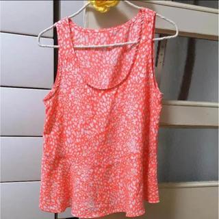 ジーユー(GU)のZARA好きに!ネオンカラー 美品!(シャツ/ブラウス(半袖/袖なし))
