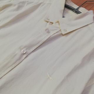 メゾンキツネ(MAISON KITSUNE')のメゾンキツネ ボタンダウンシャツ B.Dシャツ ライトイエロー XSサイズ(シャツ)